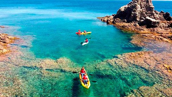 12 Consejos para realizar rutas en kayak por mar
