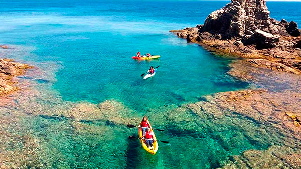 12 Tips for kayaking in the sea